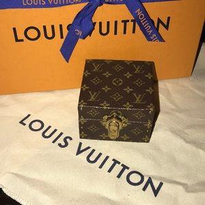 Authentic Louis Vuitton ecrin declaration mini box